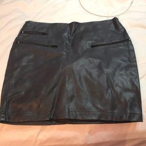 Tight grey bodycon leather skirt